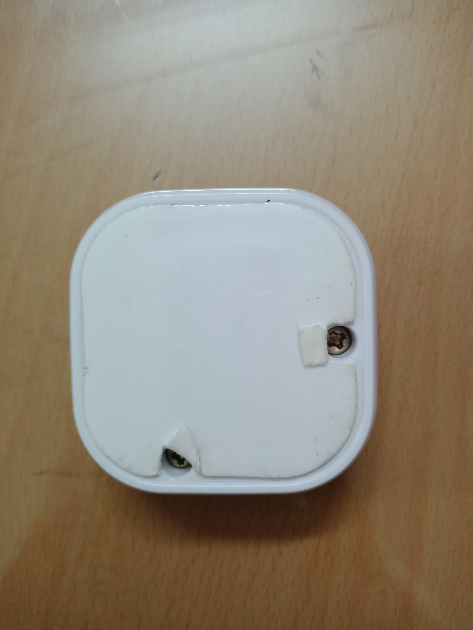[GIẢI ĐÁP]: Nút chuông gọi phục vụ khi hết pin có thay được không?
