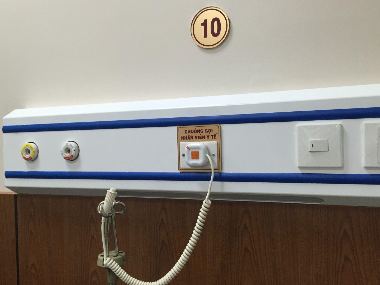 lắp nút chuông gọi y tá tại phòng điều trị